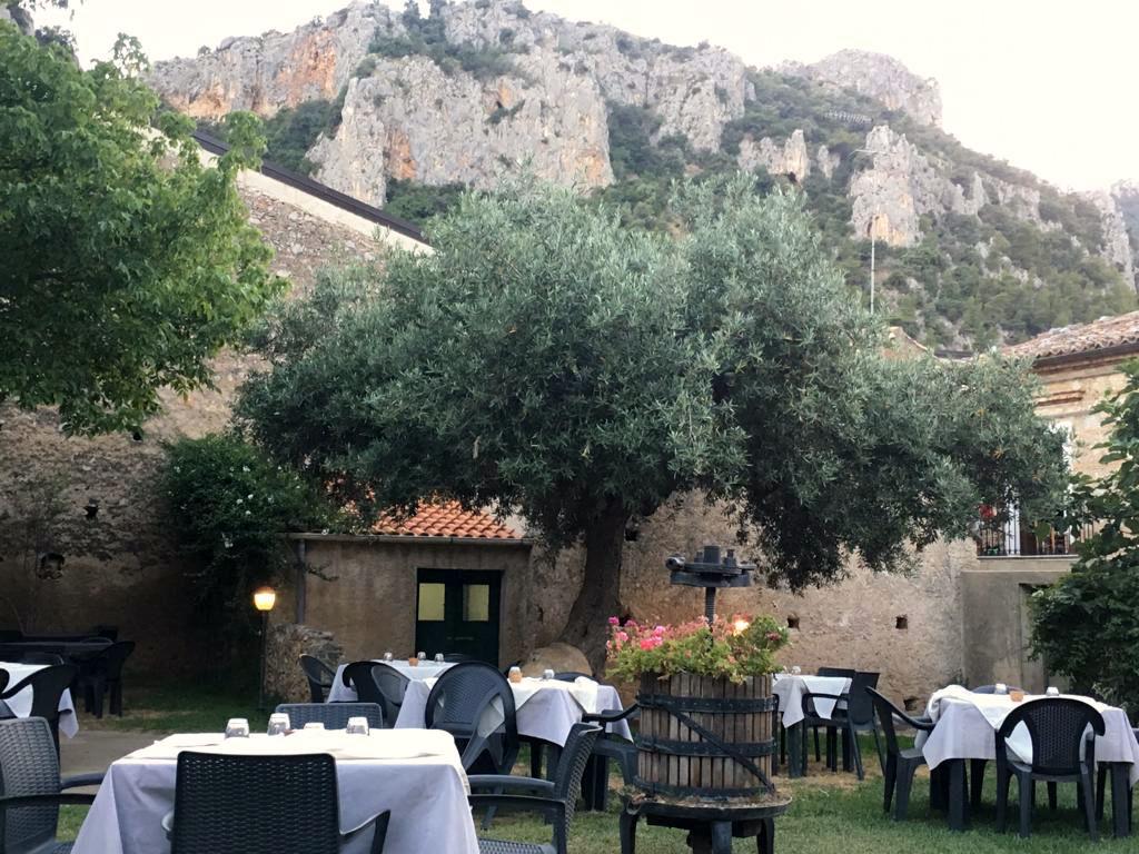 Civita Restaurant Antike Olive