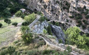Wanderweg im kalabrischen Civita