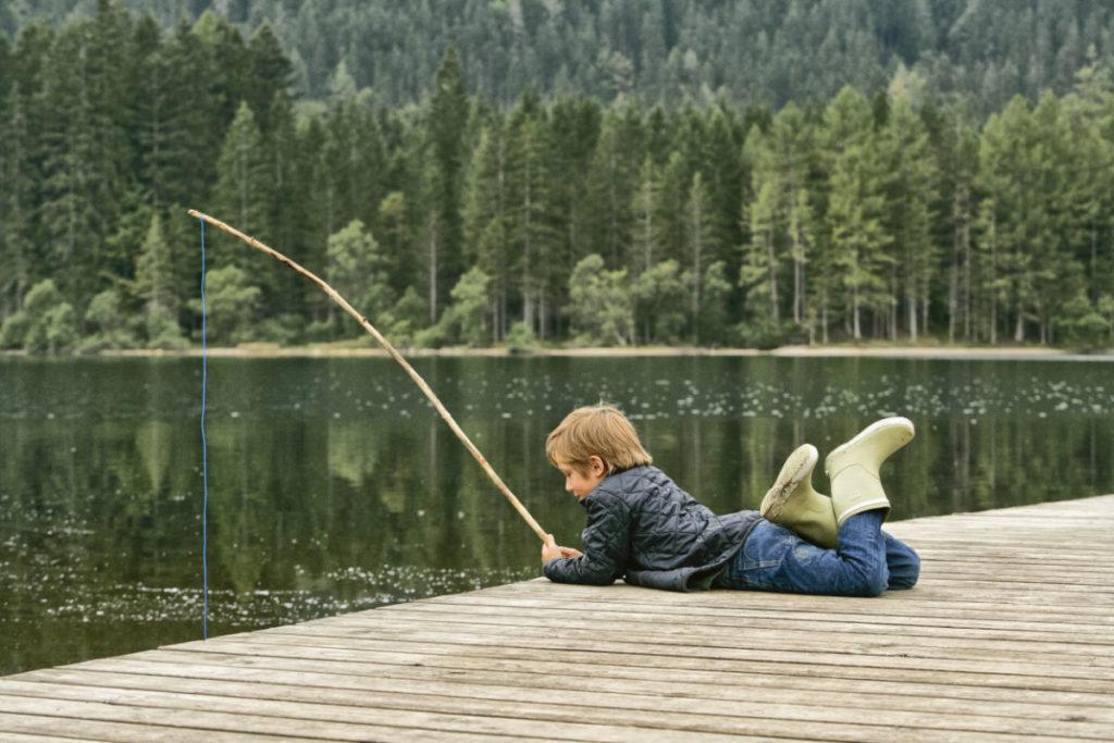 Angeln ist an zahlreichen Seen Österreichs erlaubt